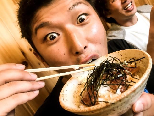 ナカオトモカズ「食いしん坊」